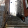 Les grands escaliers vers l'Eglise